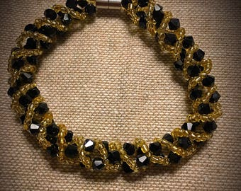 Vintage Braided Bead Bracelet with Magnetic Closure - Black and Gold  Free Shipping