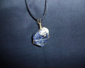 Blue and white stone pendant