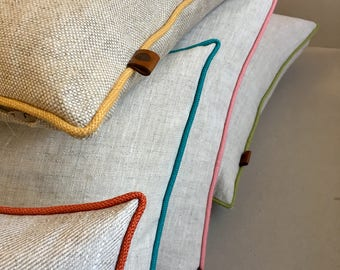 Linen scatter cushions