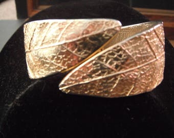 Vintage Gold Tone Leaf Cuff