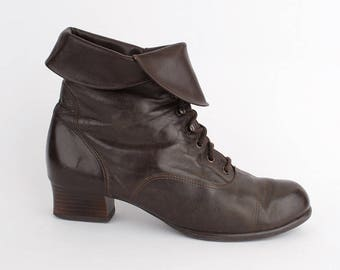 EU 38 Brown leather ankle boots women size UK 5 / US 7.5 - 80s vintage winter shoes for women - laced up booties with soft lining