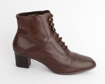 EU 37 Brown leather ankle boots women size UK 4 / US 6.5 - 80s vintage winter shoes for women - laced up booties with synthetic lining