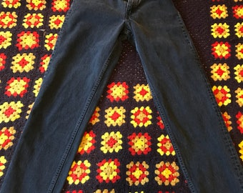 Vintage Levis Made in The USA 550 Cut size 29x30