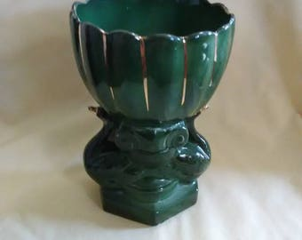 Vintage 1970's unmarked double swan ceramic round planter. Green with gold trimming.
