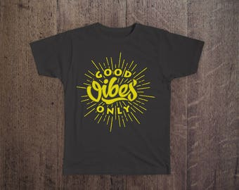GOOD VIBES ONLY Print T-shirt