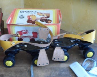 Skates has castors(roulettes) new roller GERMINA ROLLSCHUHE, vintage circa 1970 made in GDR