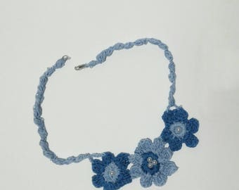 Floral Crochet Necklace Theme