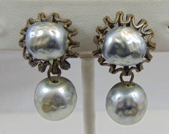 Vintage Signed Miriam Haskell Grey Gray Baroque Glass Pearl Dangle Clip Earrings