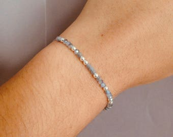 Delicate glass beaded bracelet with silver beads-Grey