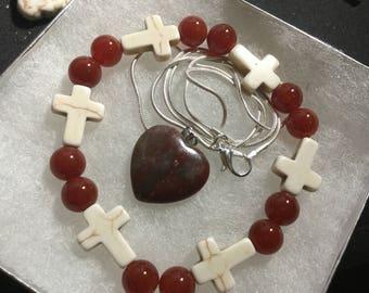 Red agate cross bracelet w/pendant