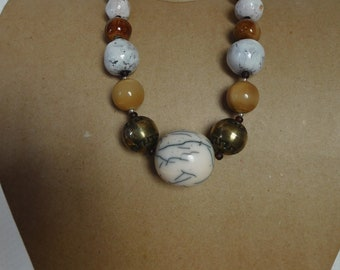 sublime necklace beads Horn and ceramic