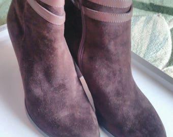 Women's Vintage Brown Suede Boots 10