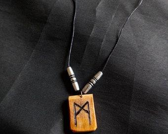 Handmade runic necklace (Mannaz)