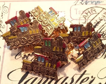 SALE 1pc NOVELTY LOCOMOTIVE Brooch Dime Store Toy Jewelry