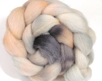 Hand Dyed Roving Combed Wool Top Whitefaced Woodland 100g WW37