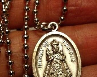 Flash Sale Art Deco Infant of Prague Sacred Heart Silver Religious Medal Pendant Necklace Long Steel Chain