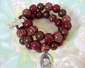 African Kazuri Round Bead Wire Bracelet with Mother Teresa Italian Medal and Cross Charm
