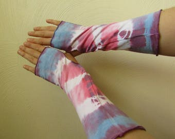 White, Pink, Blue and Purple Tie dyed Finger-less Arm Warmers, Hand Dyed with Shibori.