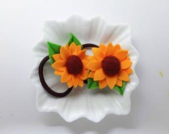 Handmade felt hair ties 1 Pair of Sunflower hair ties, Sunflower bobbles, sunflower pig tails, sunflower pony tail holders