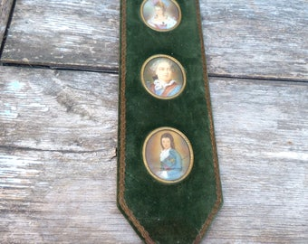 Vintage Antique XIX eme century French 3 miniature portraits Marie Antoinette /LouisXVI/LouisXVII velvet brass and gold trim framed