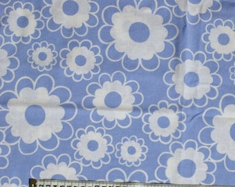 Seventies vintage floral fabric - 120x40 cm.