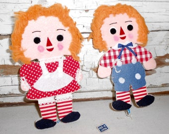Vintage Raggedy Ann and Andy Cutouts