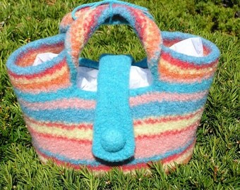 Summer Tote in Pastel Colors from Designs by Fredericka