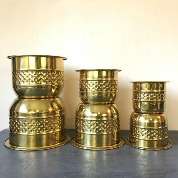 vintage brass planters - solid metal plant pots - hammered gold - Hollywood Regency - Set of 5