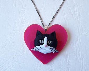♥ pink heart pendant and cat black and white ♥♥