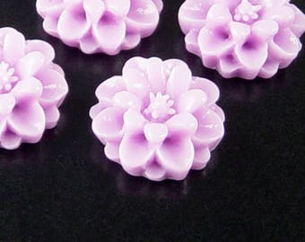 Cabochon Flower 4 Resin Round Flower Purple 18mm x 7.5mm (1020cab18p1)