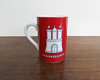 Hamburg Castle Mug in Red - Peter Menk Souvenirs - Qualitats Porzellan, Quality Porcelain Coffee Mug