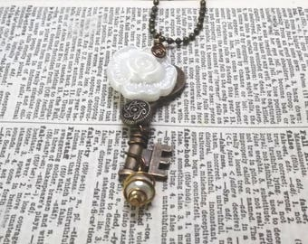 Blooming Heart : Embellished Trinket Key Pendant Necklace