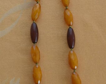 """ON SALE Pretty Vintage Butterscotch, Brown Plastic Beaded Necklace, Adjustable. 31""""-34"""""""