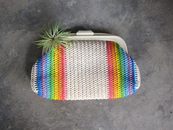 1960s Rainbow Pride Clutch Woven Fabric Handbag Purse Modern Minimal Clutch Plastic Clasp Hand Bag Retro Resort Purse Rainbow Stripes GS