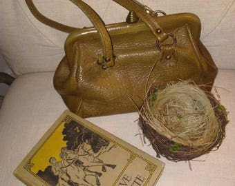 Looking for Me, To Restyle at Nestbox Vintage
