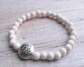 diffuser bracelet. wood diffuser beaded bracelet. essential oil bracelet. diffuser jewelry. handcrafted jewelry.