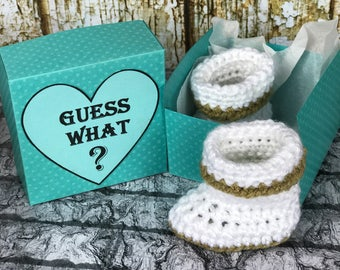 Pregnancy Announcement, Grandparent Pregnancy Announcement, Crochet White baby booties, Newborn booties, baby shoes