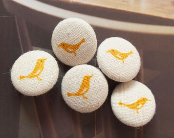 Chic Spring Yellow Tweeting Little Bird Birds On Natural Linen Color-Handmade Fabric Covered Buttons(0.75 Inches, 5PCS)