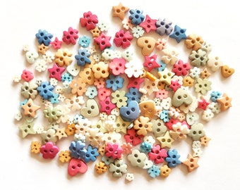 100 pcs Mix buttons, flower, star, heart buttons, mixshape buttons
