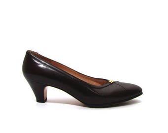 30% OFF Vintage 80s Chocolate Brown Leather Ferragamo High Heel Oxford Pumps women 6.5 7 Narrow 7AA kitten heel made in Italy retro secretar