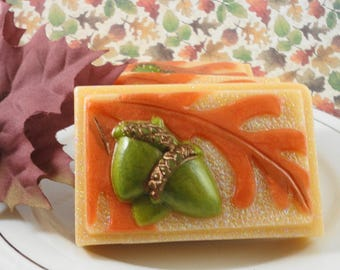 Oak Leaf and Acorn Fall Soap - Artisan Soap - Glycerin Soap - Goats Milk Soap - Handmade Soap - Thanksgiving Soap Favor - Soap for Autumn