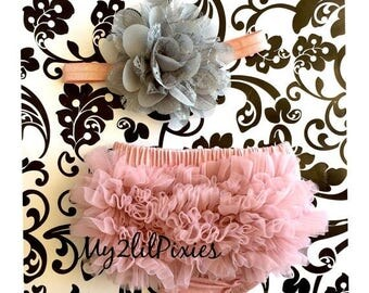 SALE Baby Girl Vintage Pink set, baby headband, Bloomers. Newborn bloomers. Ruffle diaper cover, Baby Girl Bloomers, Newborn Photo Prop, set