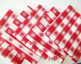 5 Vintage Red Checked Napkins, handsewn hems, kitchen