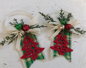 Christmas tree hanger ornaments set of 2