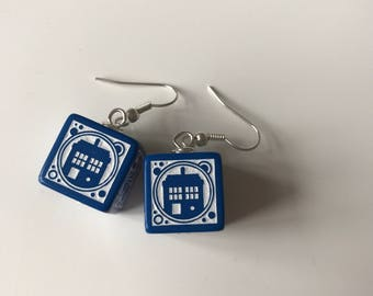 Halloween D6 doctor who dice earrings bat dice jewelry dnd dungeons and dragons dalek dice doctor who jewelry dice earrings pathfinder