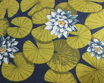 Tablecloth Water Lily Pads Dunmoy Ireland Rayon Mid Century Square VINTAGE by Plantdreaming