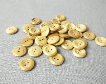 """25 Wooden Buttons 3/4"""" (19 mm)"""