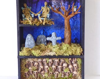 Cemetery Shadow Box - Memento Mori Art - Gothic Shadowbox Diorama - Miniature Cemetery - Miniature Catacomb Shadow Box