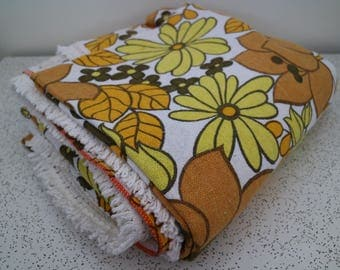 flower pop in yellows and browns...vintage double bedspread with cotton fringe