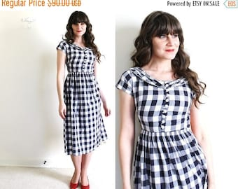 ON SALE 1940s Dress / 40s Dress / 1940s Black and White Gingham Dress